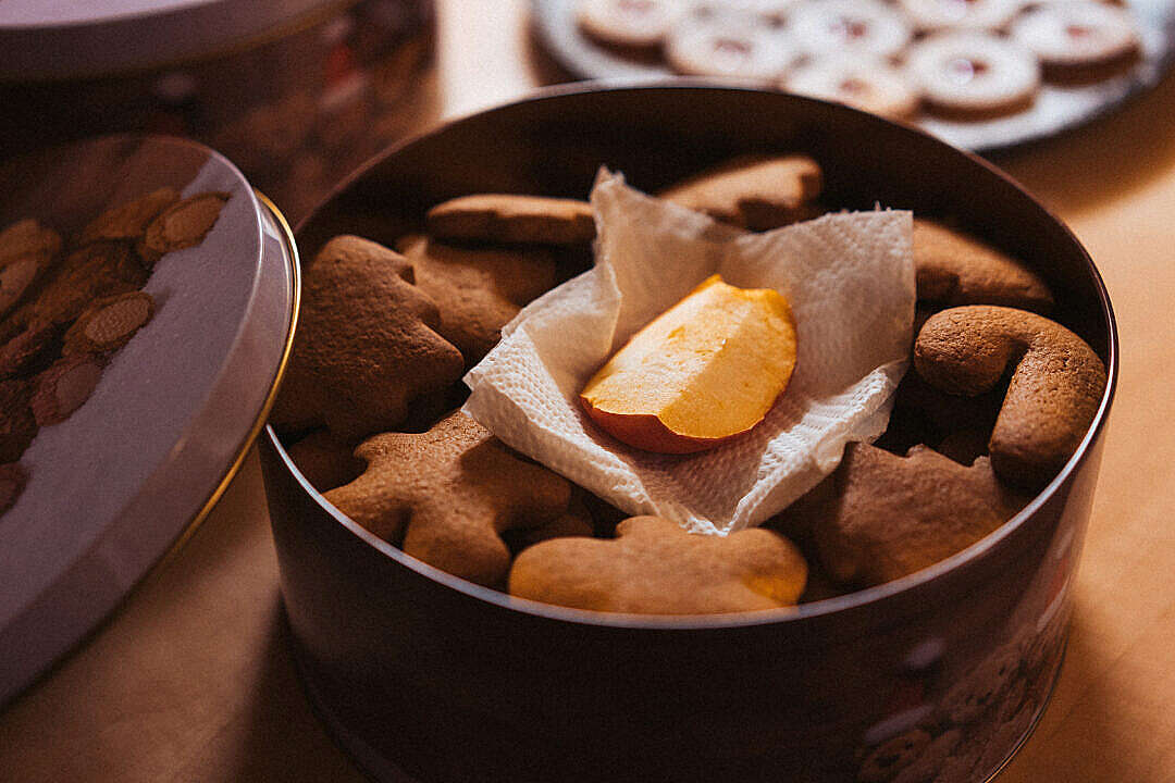 Download Adding Apple to Make Christmas Gingerbread Cookies More Soft FREE Stock Photo