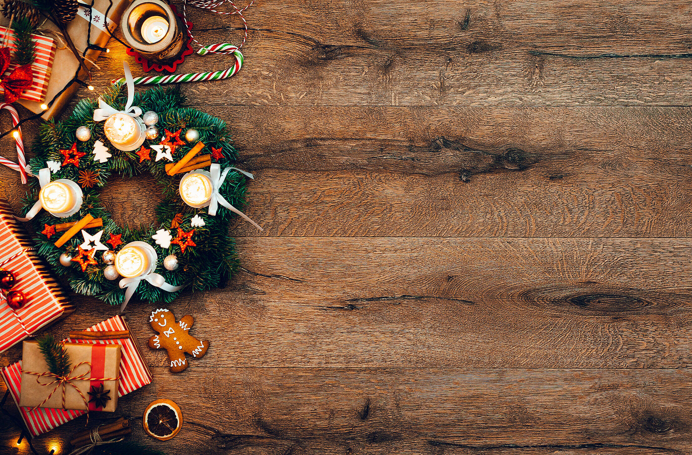 Advent Wreath with Gifts, Christmas Background Free Stock Photo