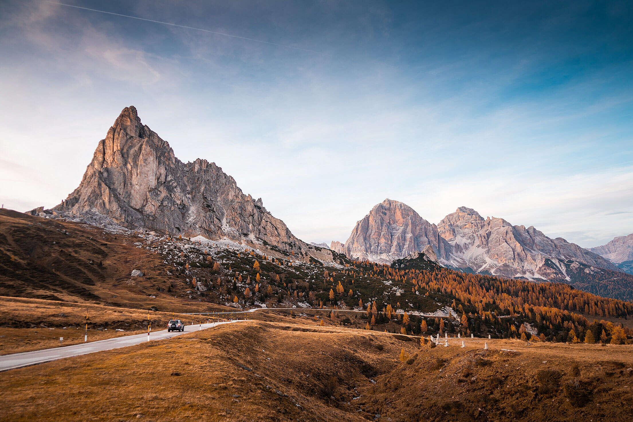 Alpine Roads at Passo di Giau, Dolomites, Italy Free Stock Photo