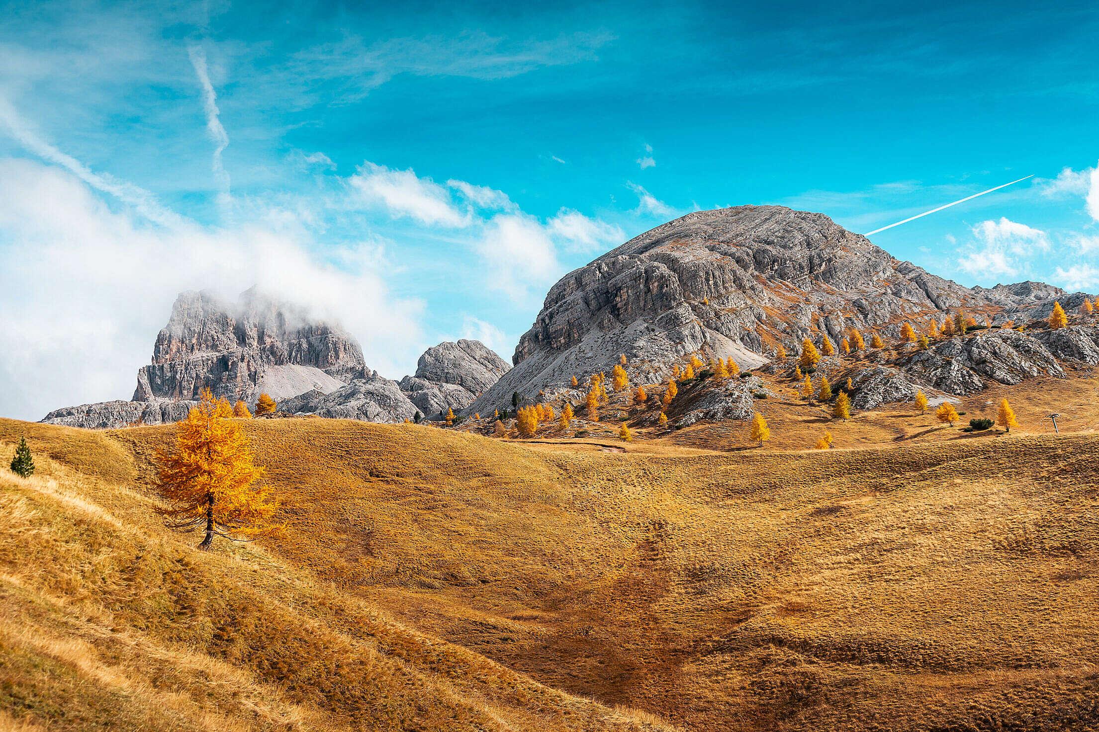Beautiful Autumn Landscape in Italy Free Stock Photo