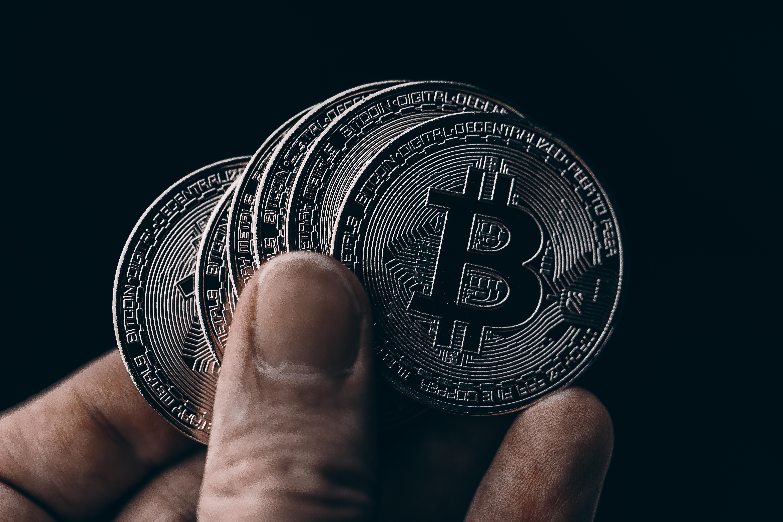 bitcoin vertė indijos rupijos 0 0004 btc į usd