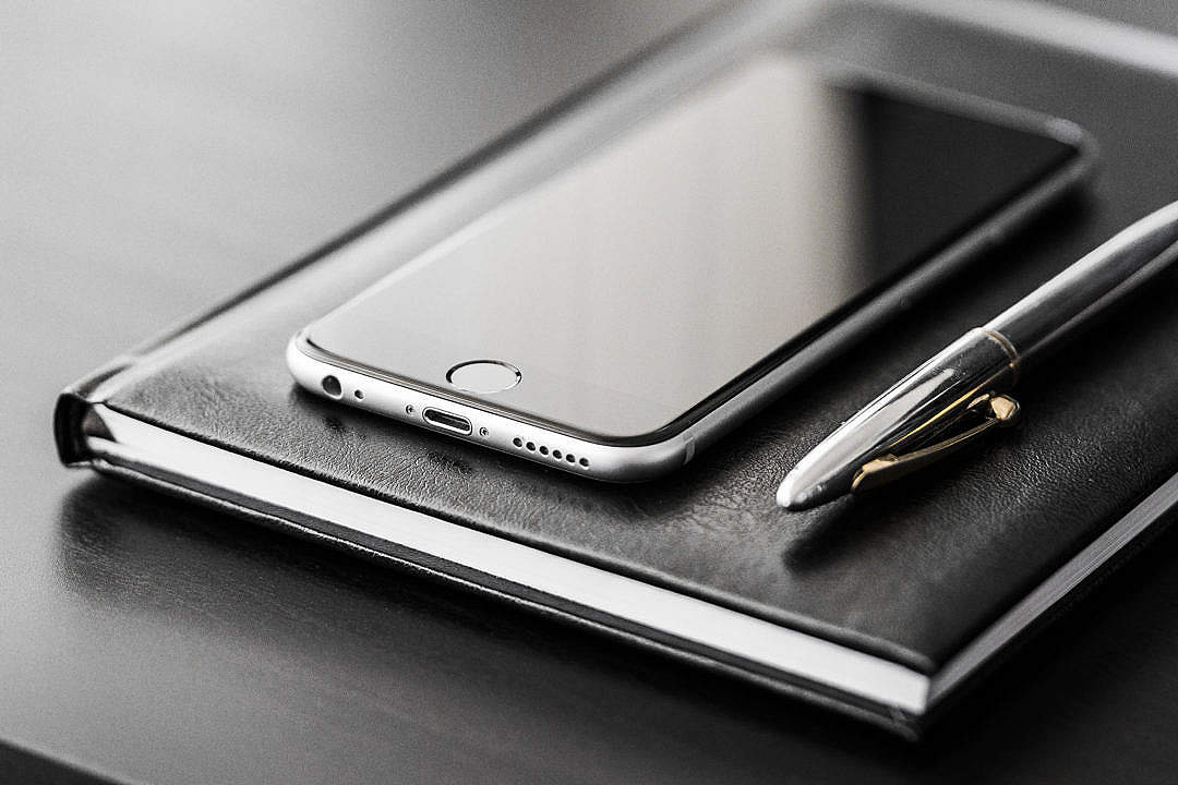 business-gear-smartphone-silver-pen-and-diary-1080x720.jpg