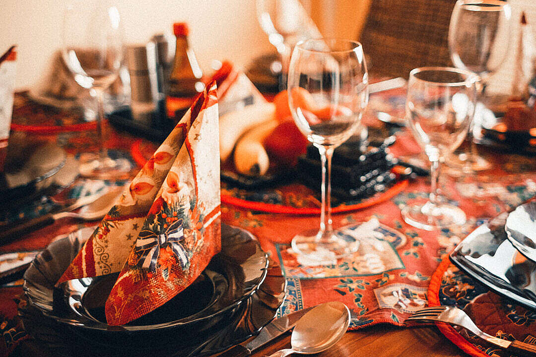 Download Christmas Table Setting FREE Stock Photo