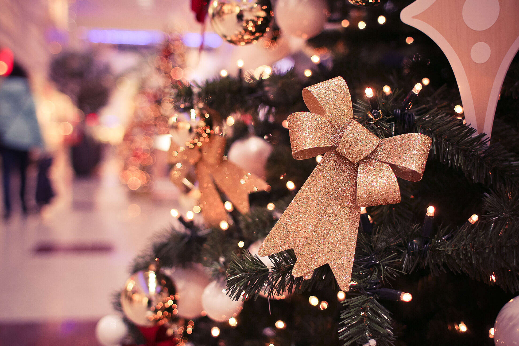 Christmas Tree in Shopping Centre Free Stock Photo