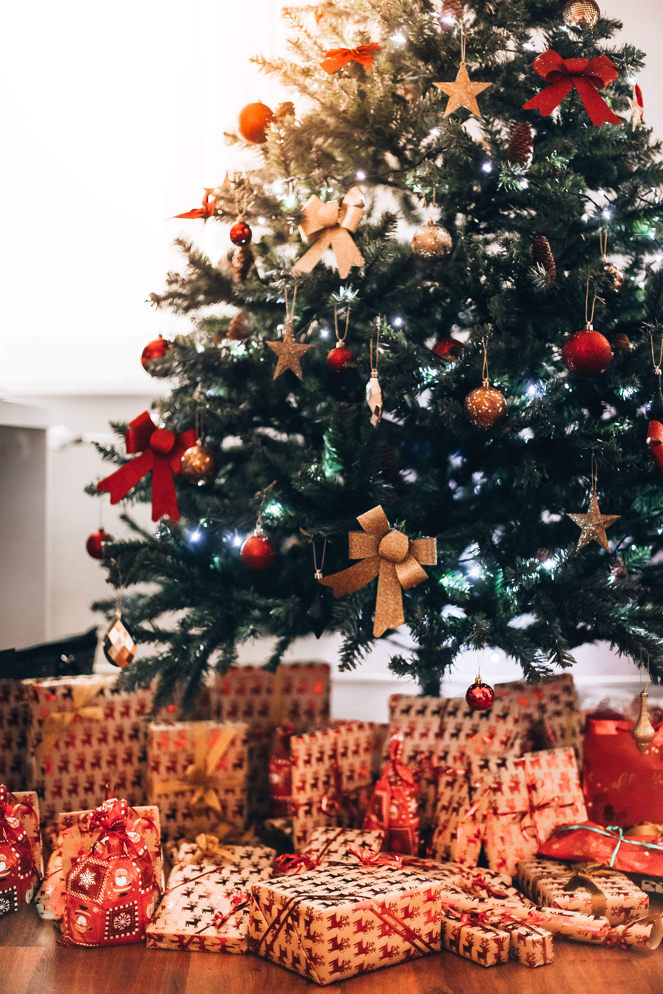 Christmas Tree with Presents Vertical Free Stock Photo
