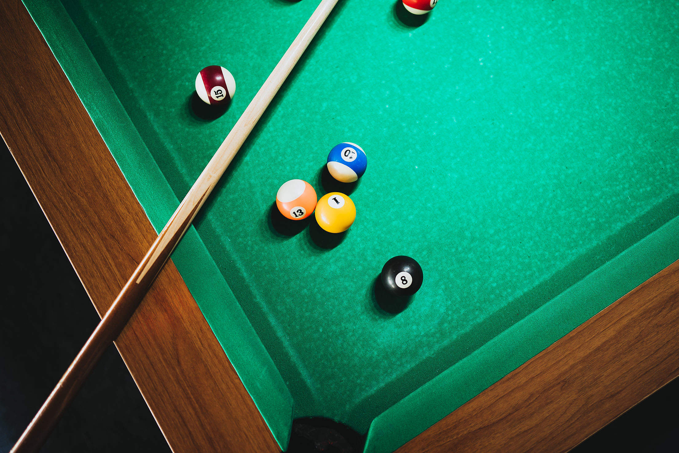 Cue on The Pool Table Free Stock Photo