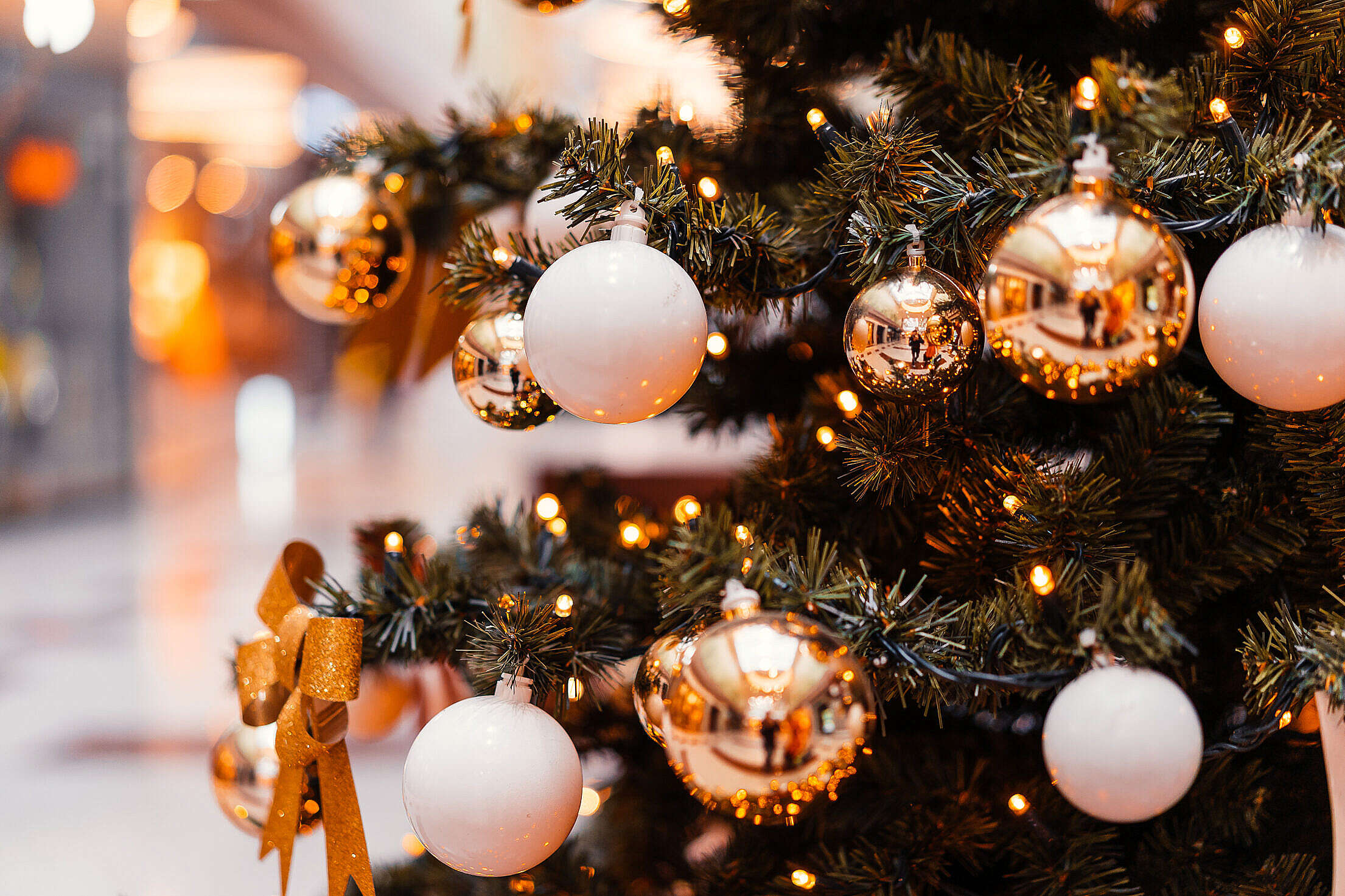 Decorated Christmas Tree in a Mall Close Up Free Stock Photo