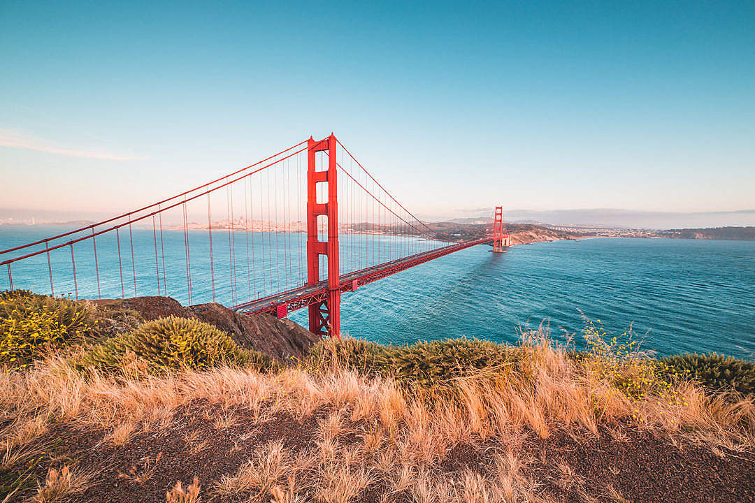 Download Famous Golden Gate Bridge from Battery Spencer Vista Point FREE Stock Photo