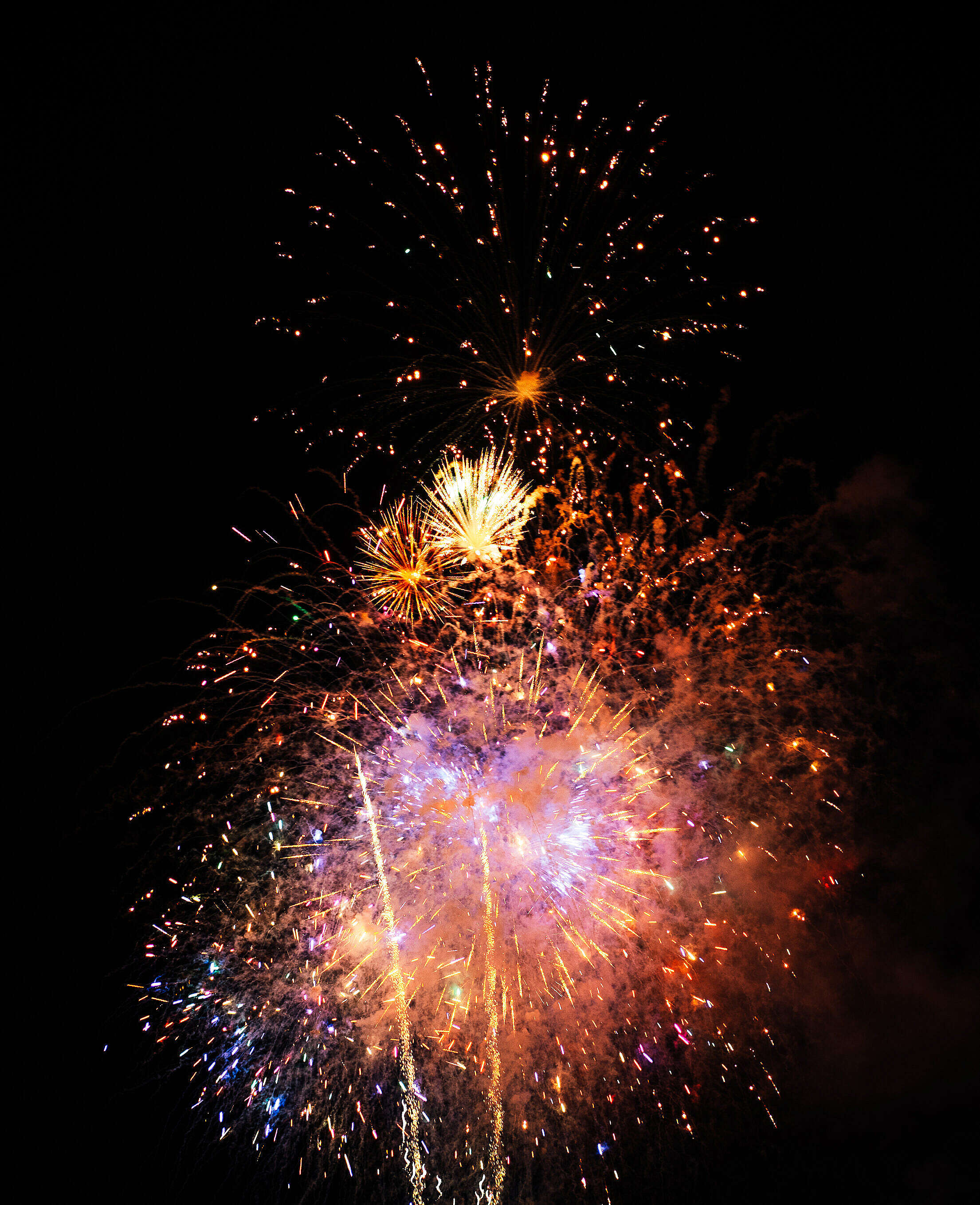 Fireworks Vertical Free Stock Photo