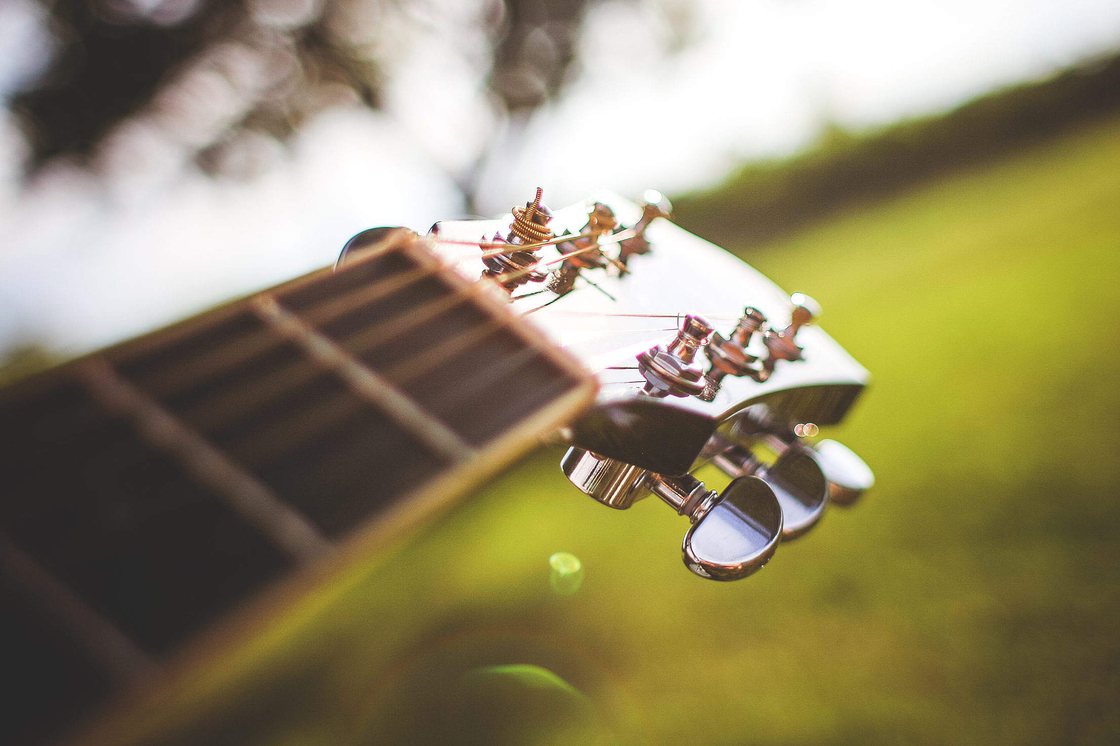 Head of Guitar Close Up, Tuning Pegs Close Up Free Stock Photo