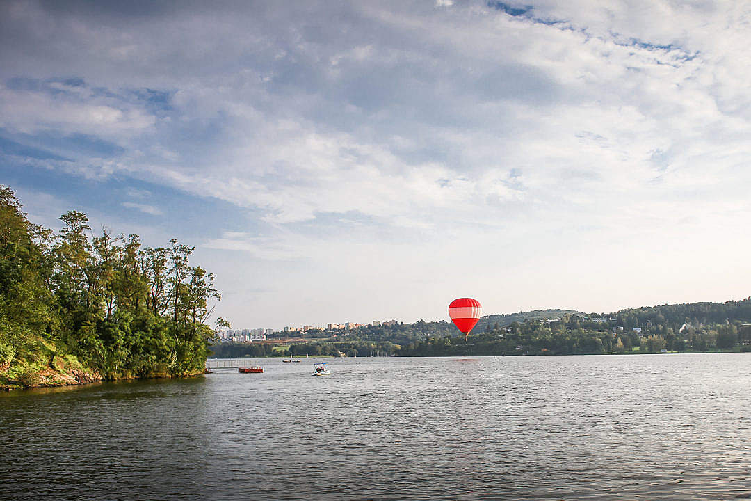 Download Hot Air Balloon over Lake FREE Stock Photo