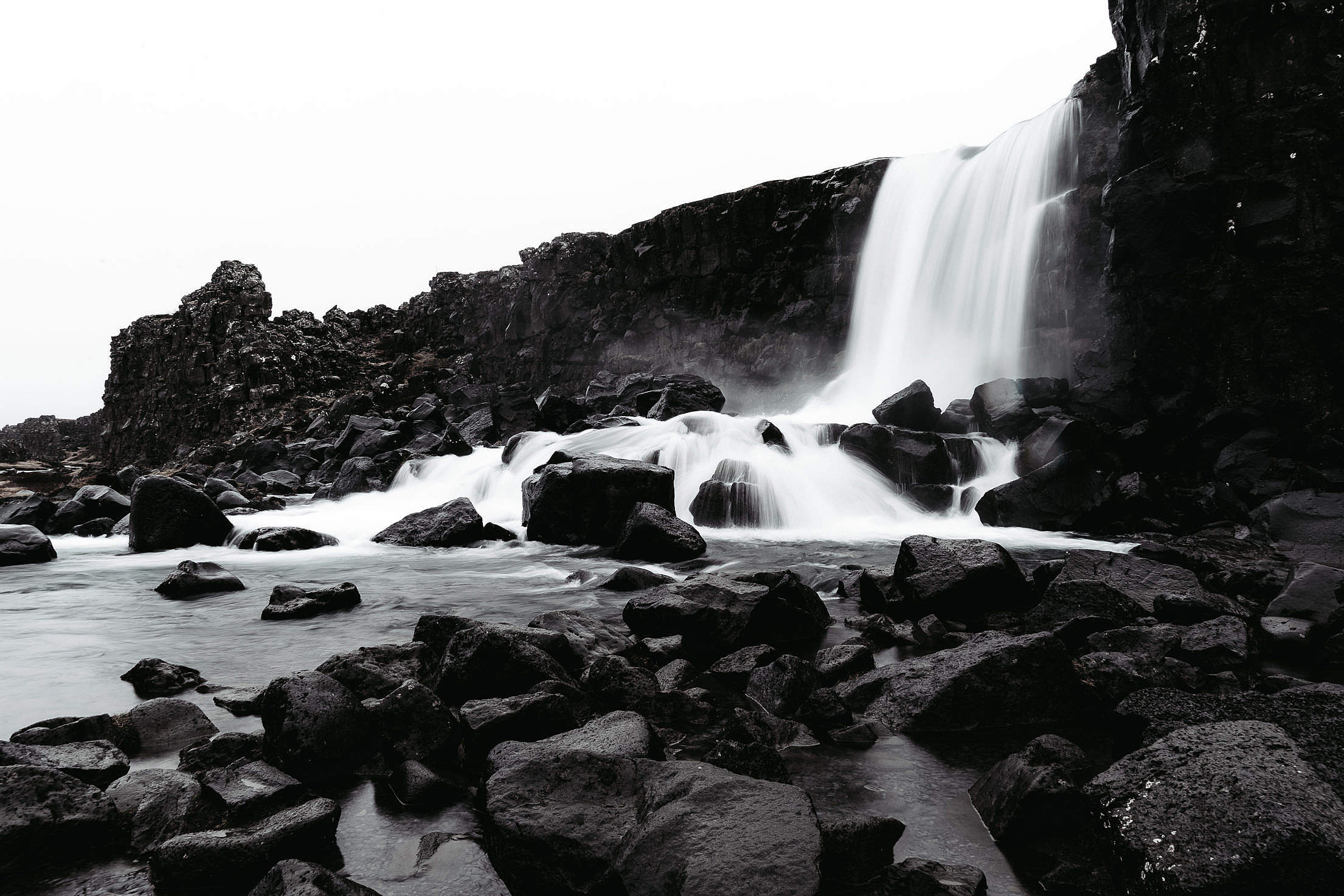 Icelandic Öxarárfoss Waterfall with Black Rocks Free Stock Photo