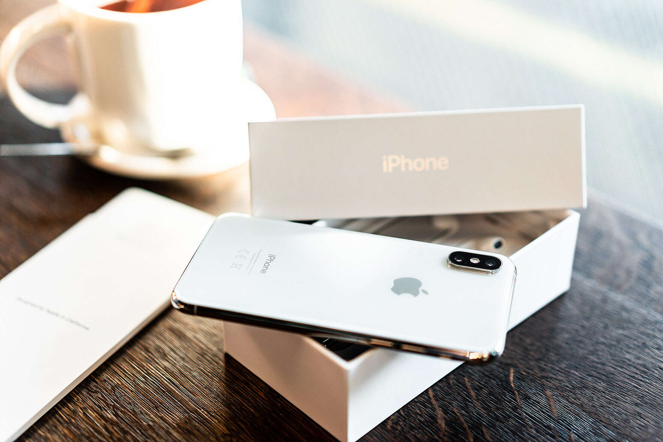 iPhone XS Unboxing Free Stock Photo