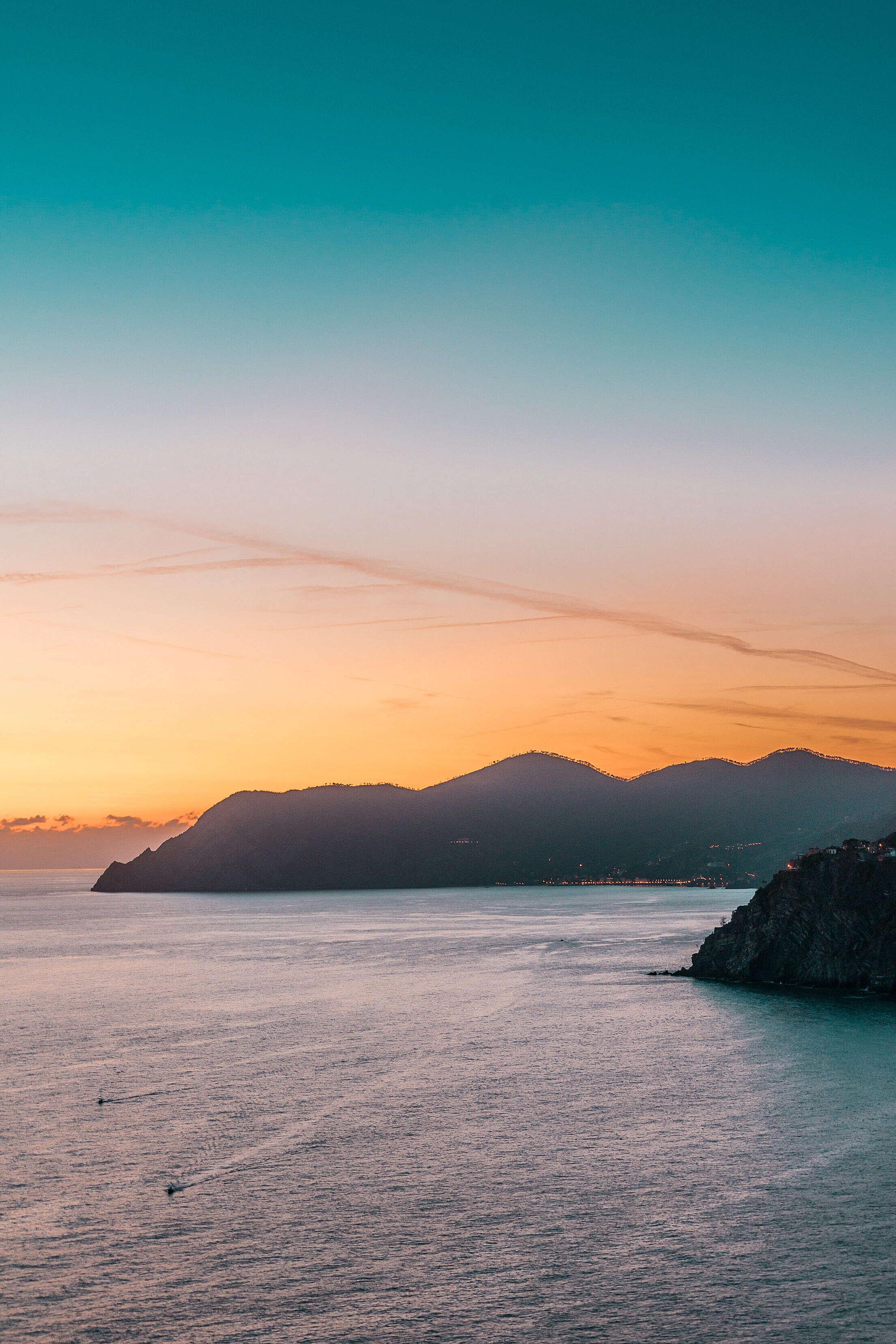 Italian Coastline in Sunset Free Stock Photo