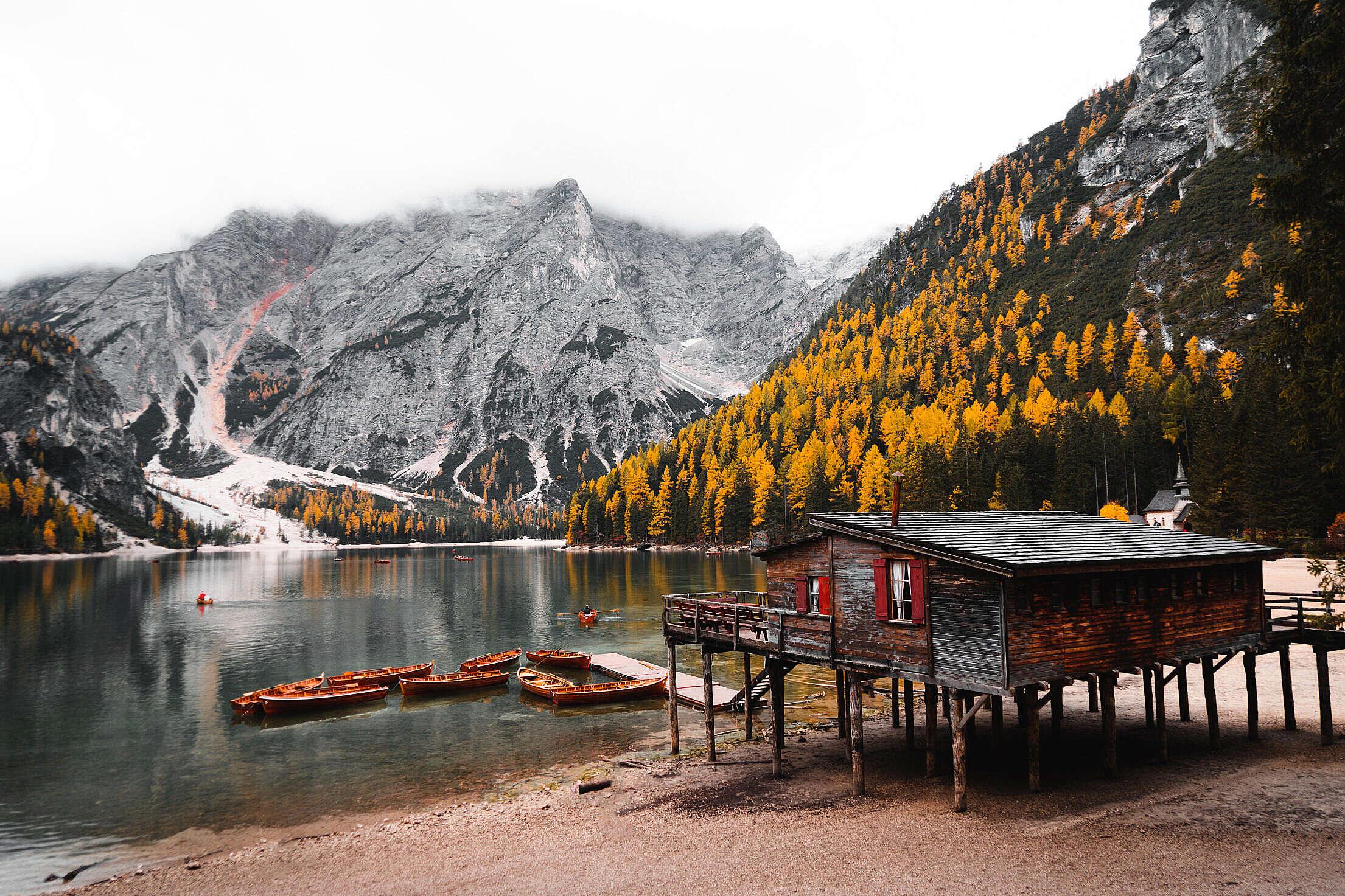 Lago di Braies in Autumn Free Stock Photo