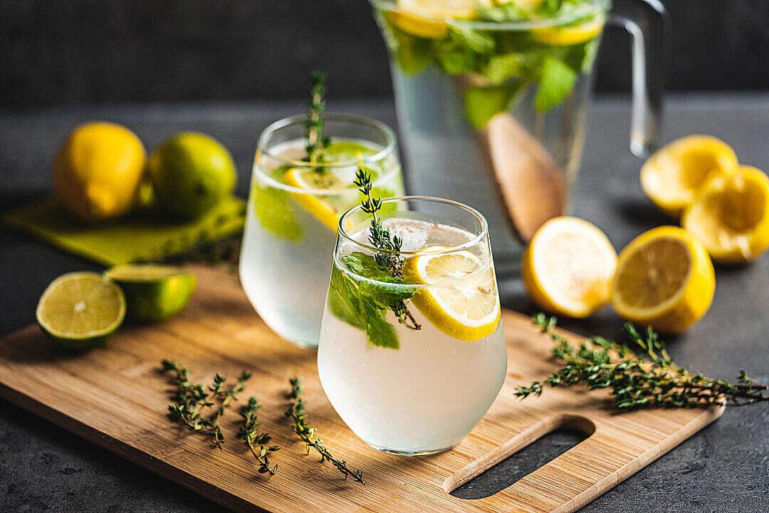 Download Lemon Drink FREE Stock Photo