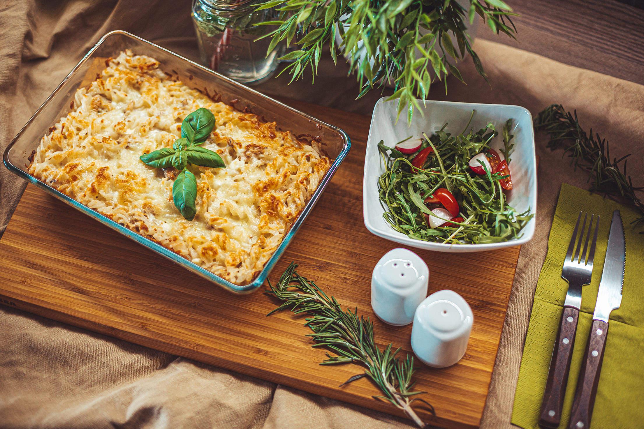 Light and Healthy Tuna Pasta Bake Free Stock Photo