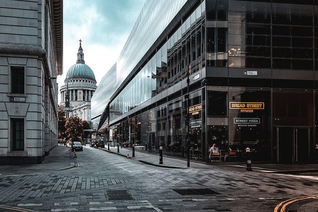 Download London Streets and St Paul's Cathedral FREE Stock Photo