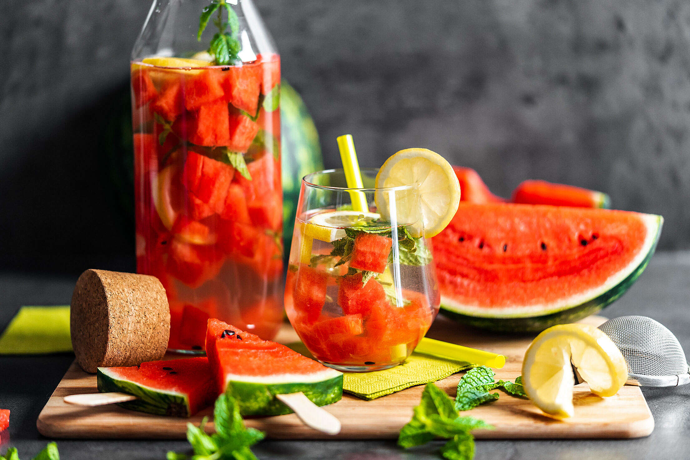 Melon Lemonade and Watermelon Popsicles Free Stock Photo