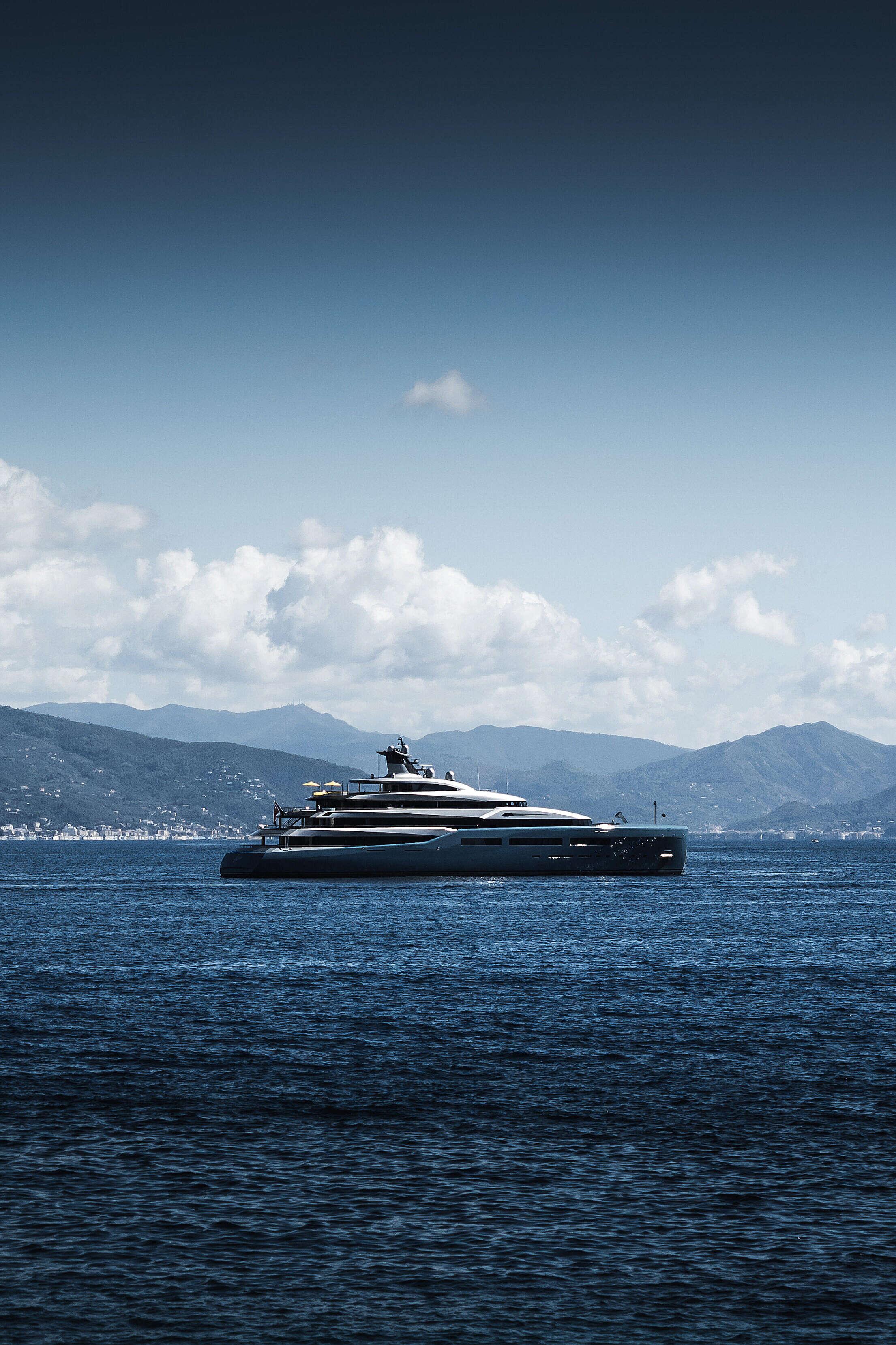 Modern Luxury Yacht Aviva Sailing around Portofino Free Stock Photo