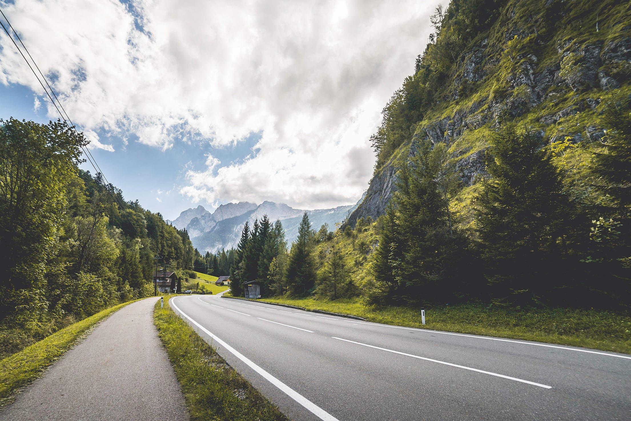Mountain Road Free Stock Photo