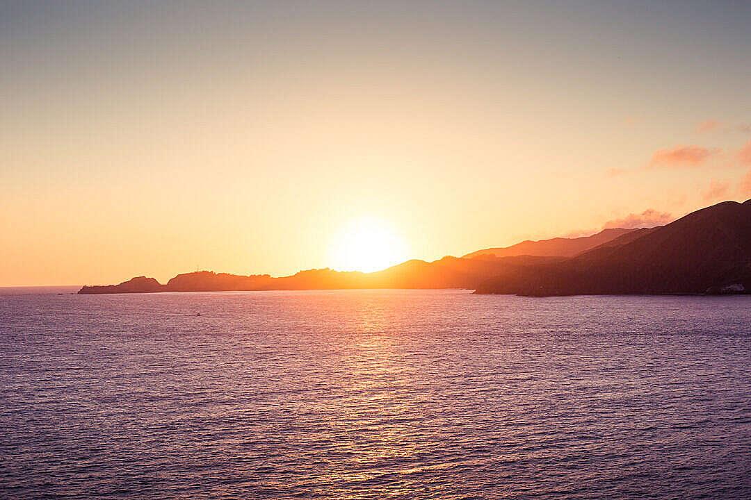 Download Ocean Panorama Sunset FREE Stock Photo