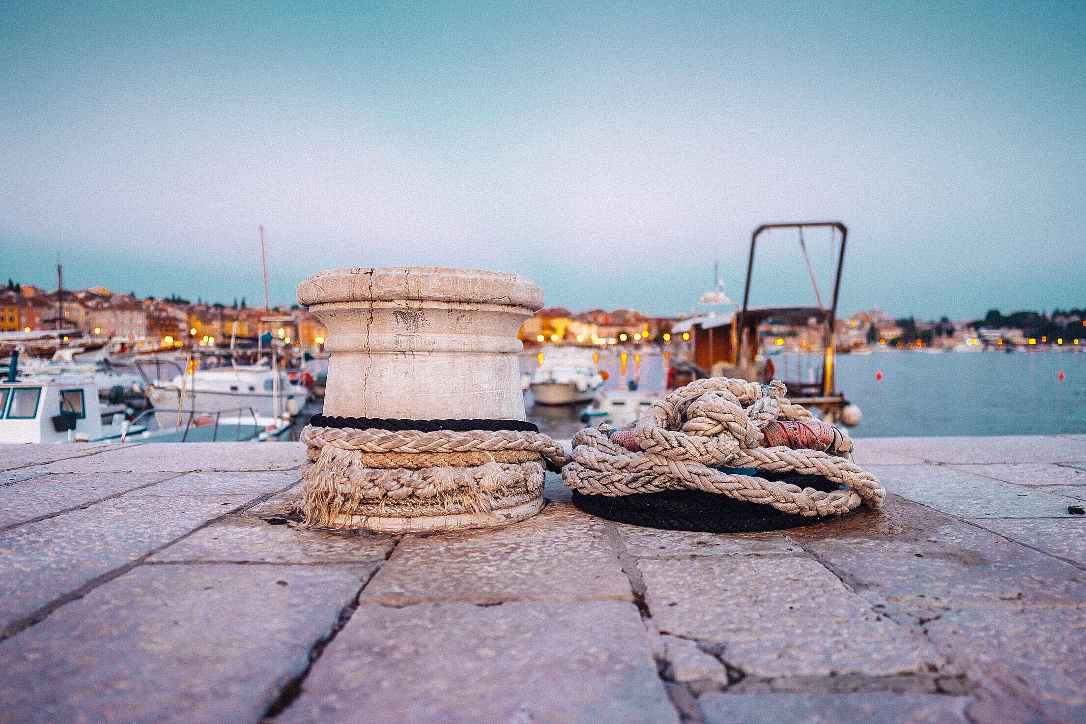Old Marina Bollard with Ropes in Rovinj Free Stock Photo
