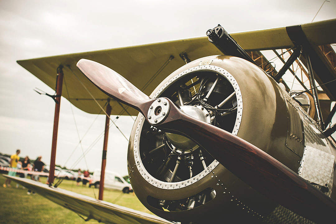 Download Old Plane Propeller FREE Stock Photo