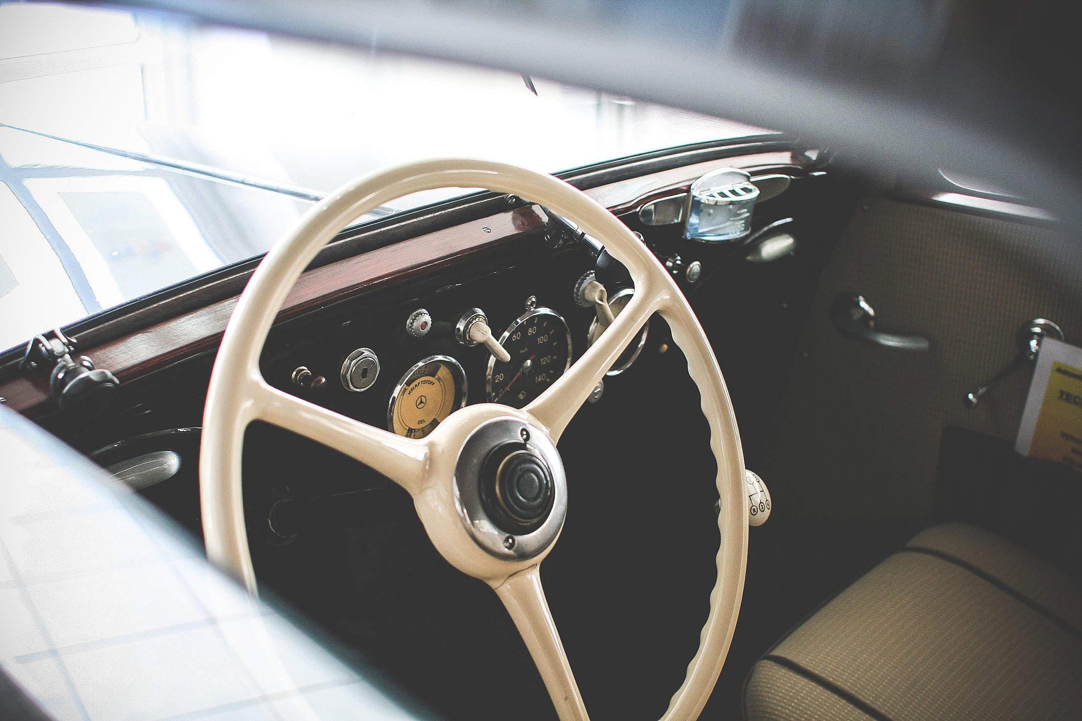 Oldtimer Car Steering Wheel Free Stock Photo