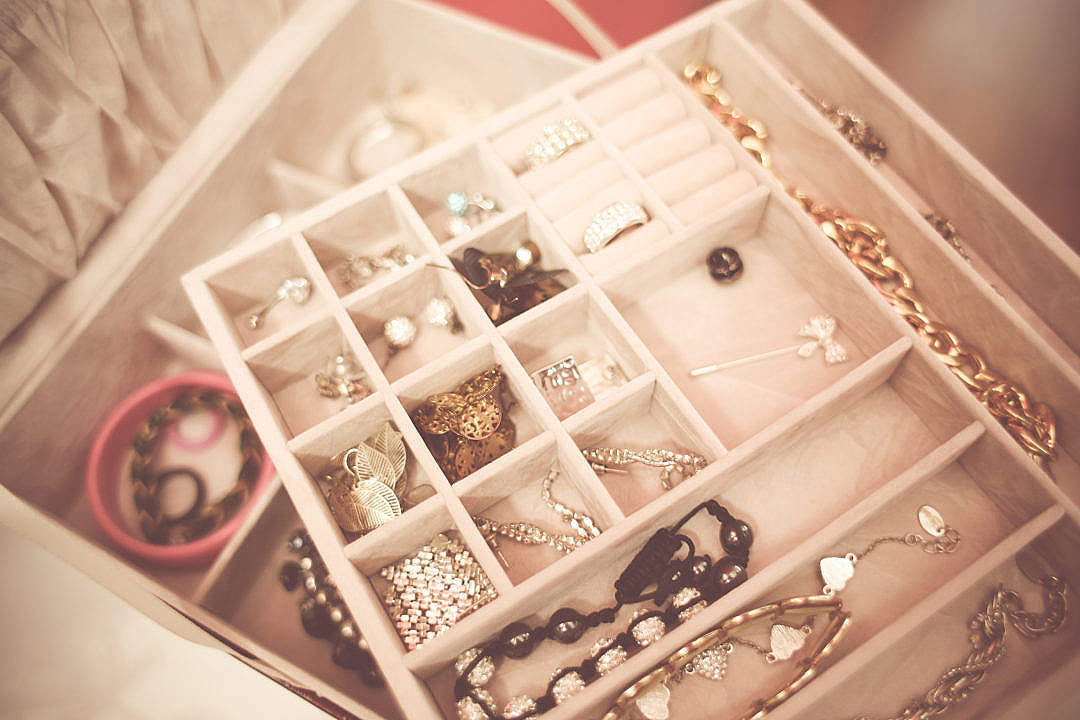 Download Opened Jewelry Box FREE Stock Photo