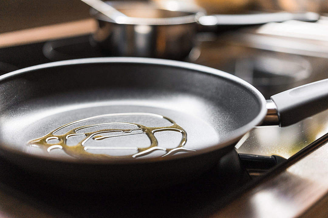 Download Pan with Olive Oil Ready to Cooking FREE Stock Photo