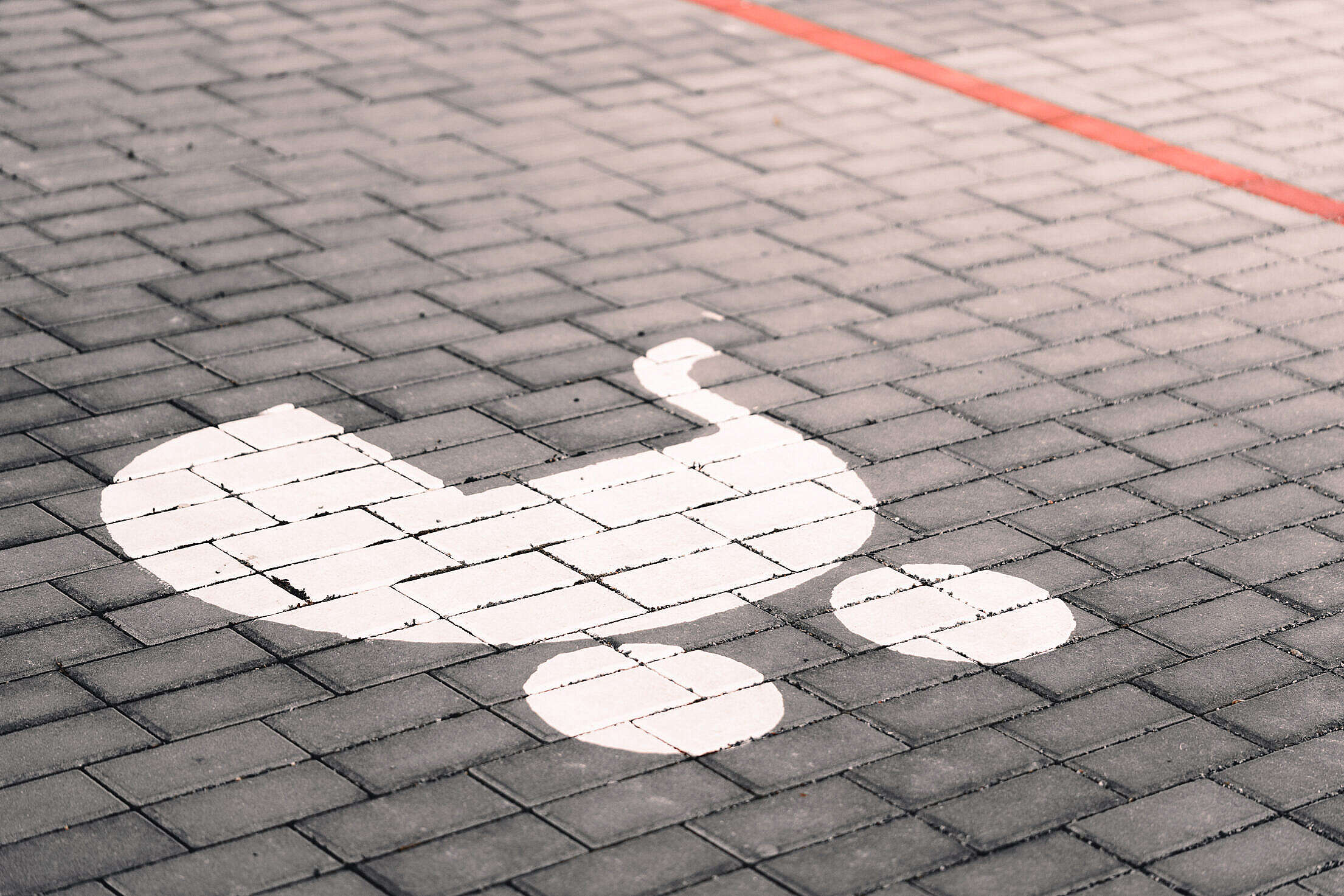 Parking Spot Reserved for Parents with Children Free Stock Photo