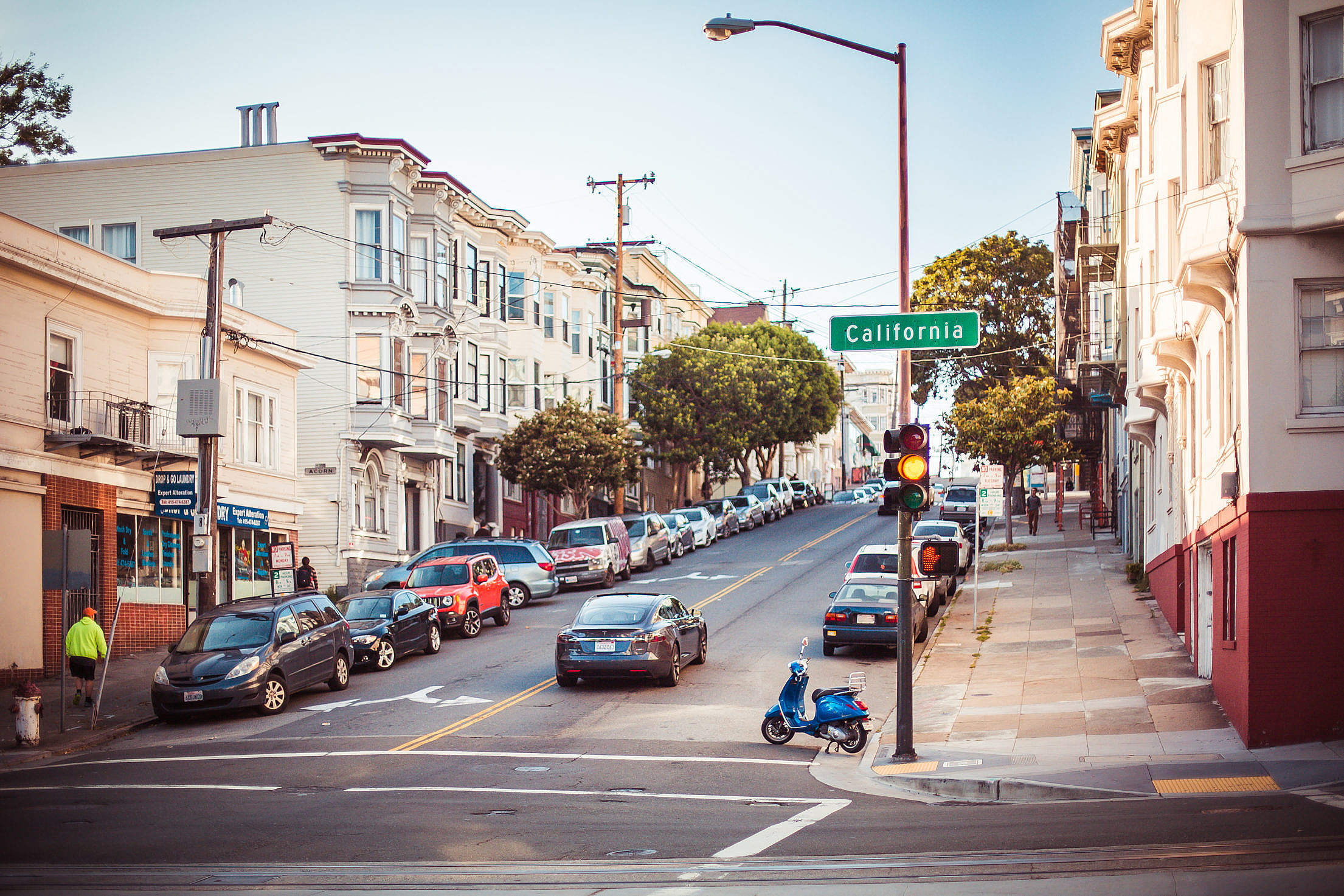 Random Shot of California Street Intersection Free Stock Photo