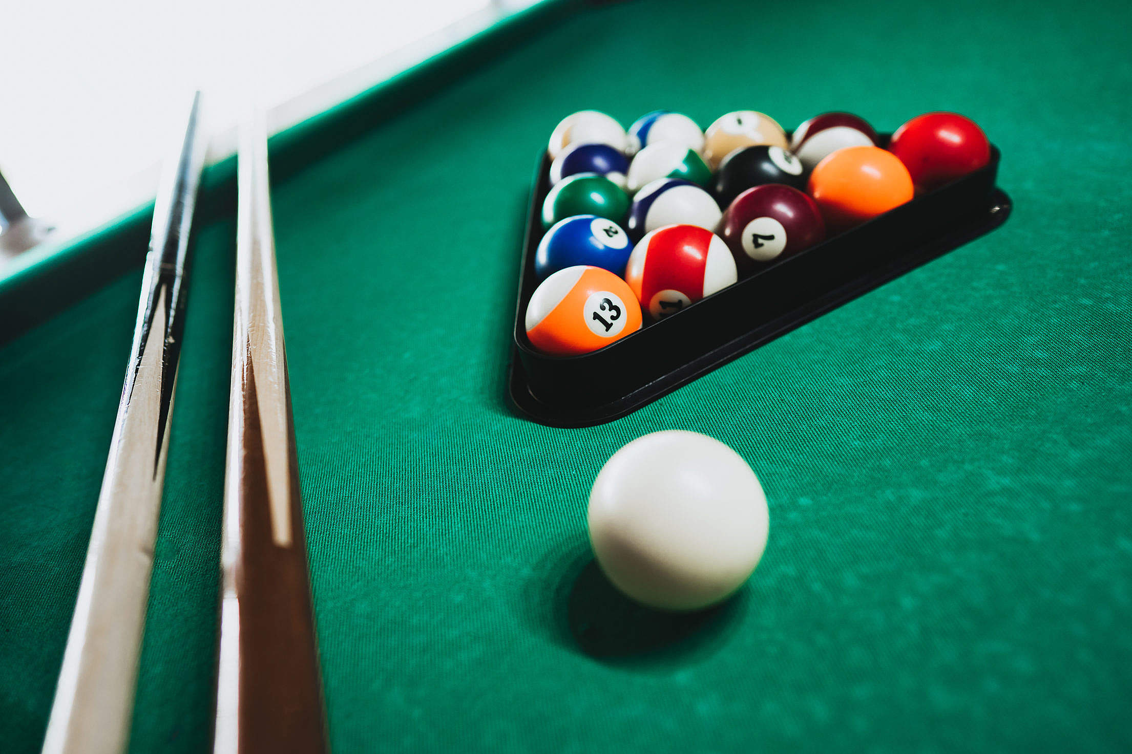 Ready for Billiard Game Free Stock Photo