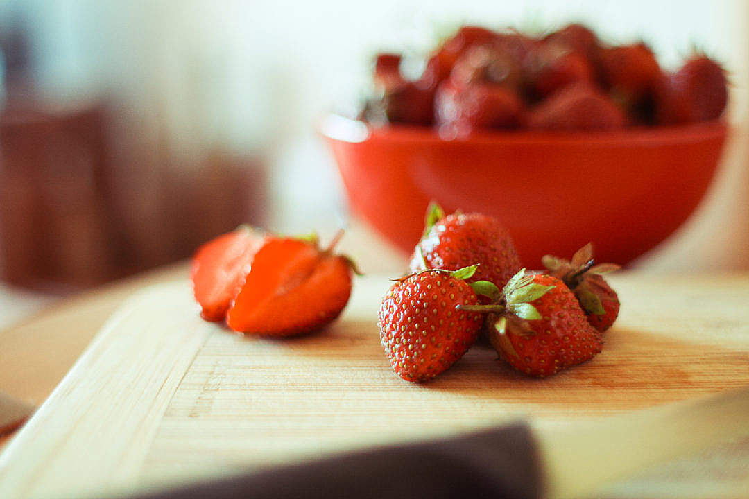 Download Ready to Cut Strawberries FREE Stock Photo