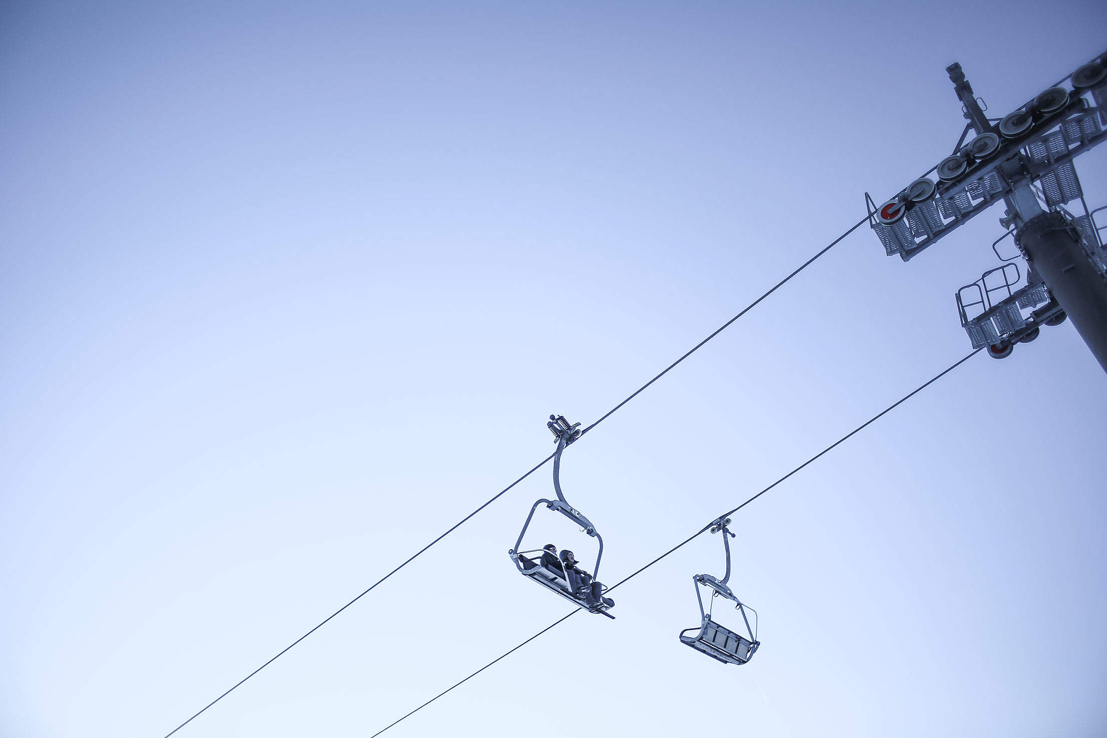 Sky and Ski Lift Minimal Free Stock Photo