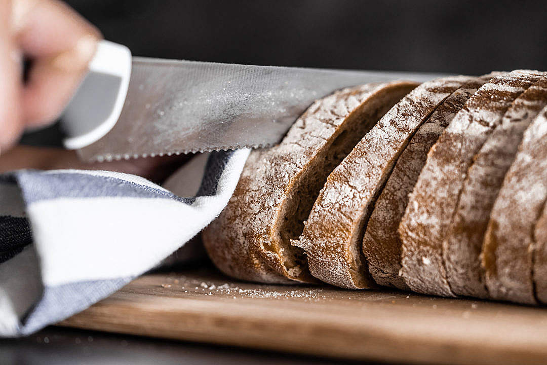 Download Slicing Bread FREE Stock Photo