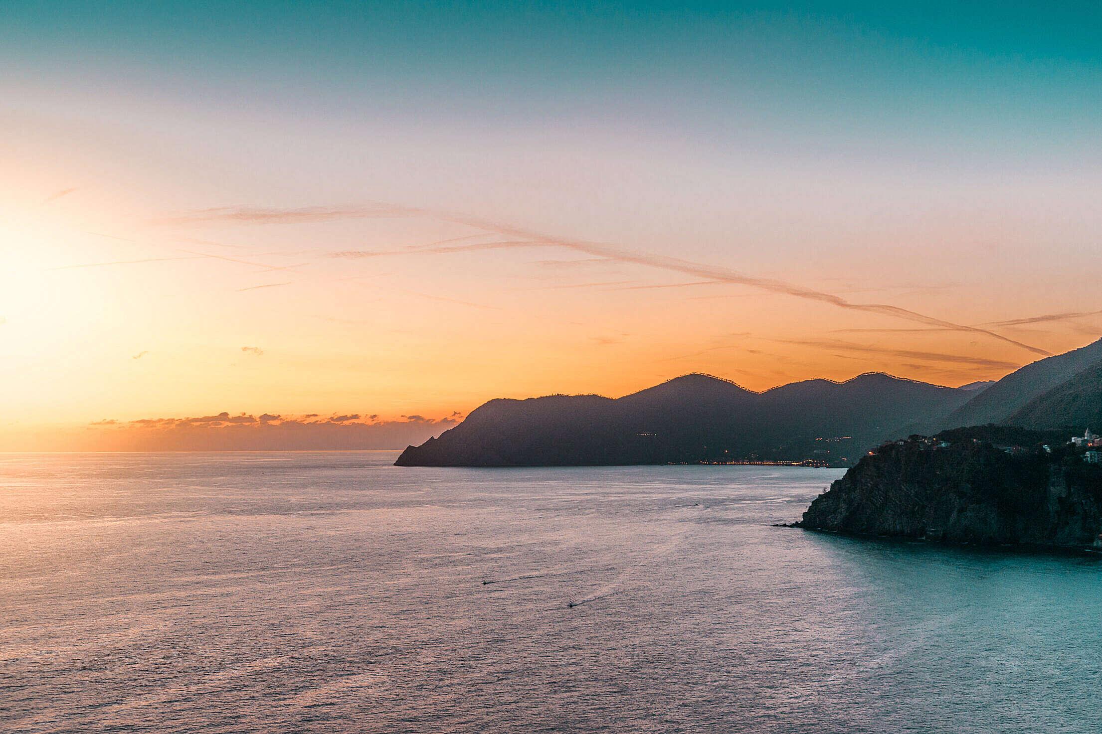 Sunset Coastline Free Stock Photo