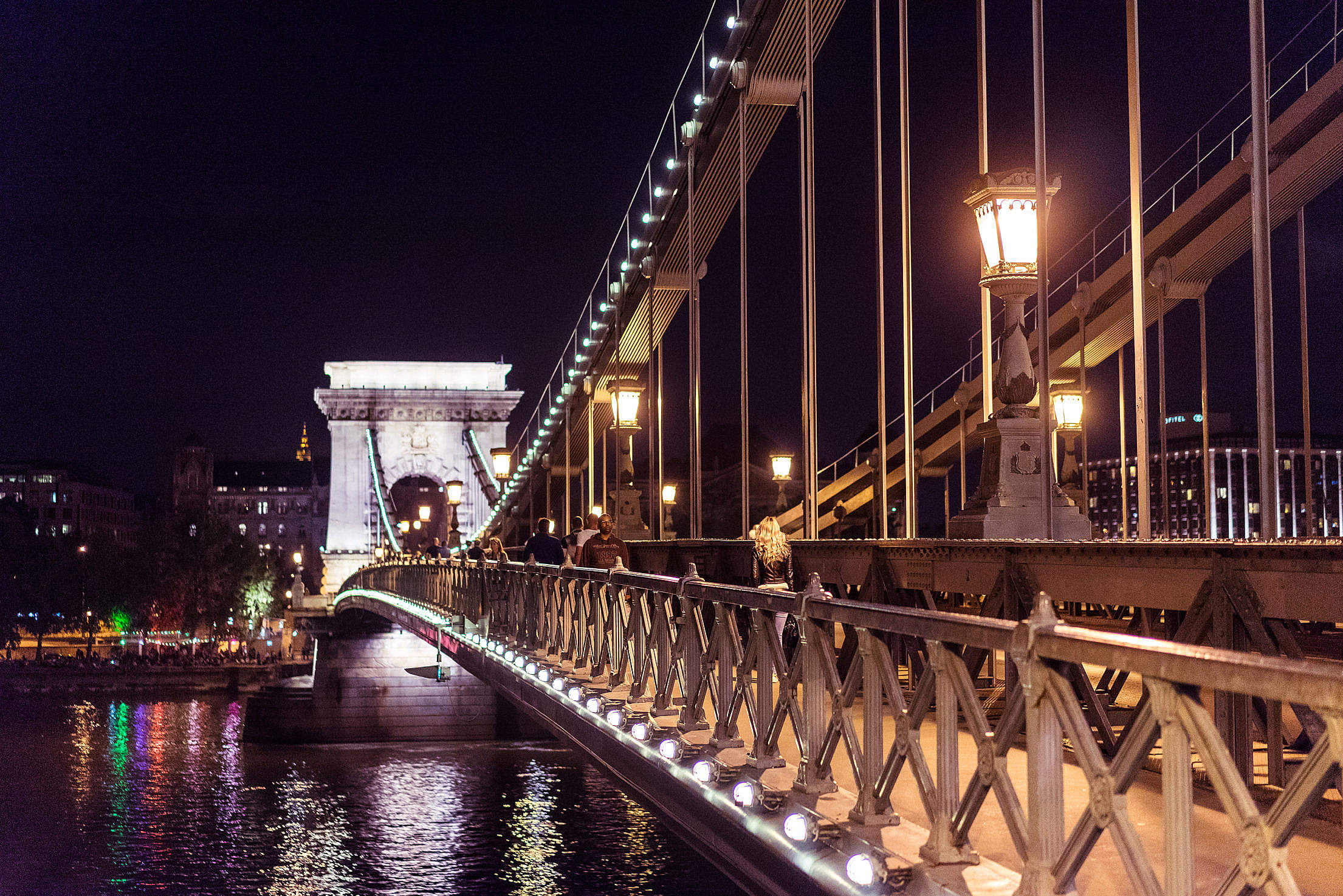 Széchenyi Chain Bridge in Budapest at Night Free Stock Photo