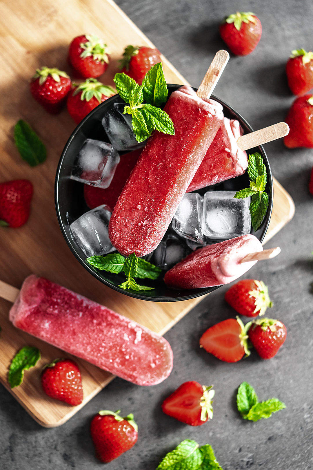 Download Tasty Ice Pops with Fresh Strawberries FREE Stock Photo