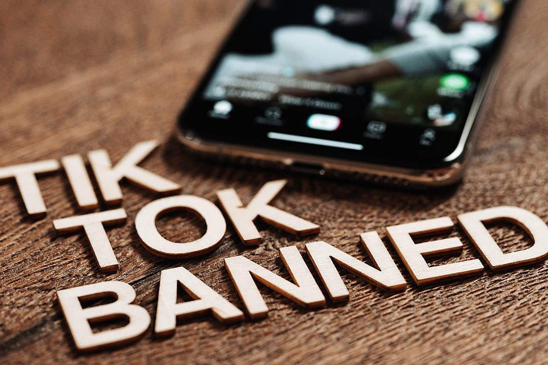 Download Tik Tok Banned FREE Stock Photo