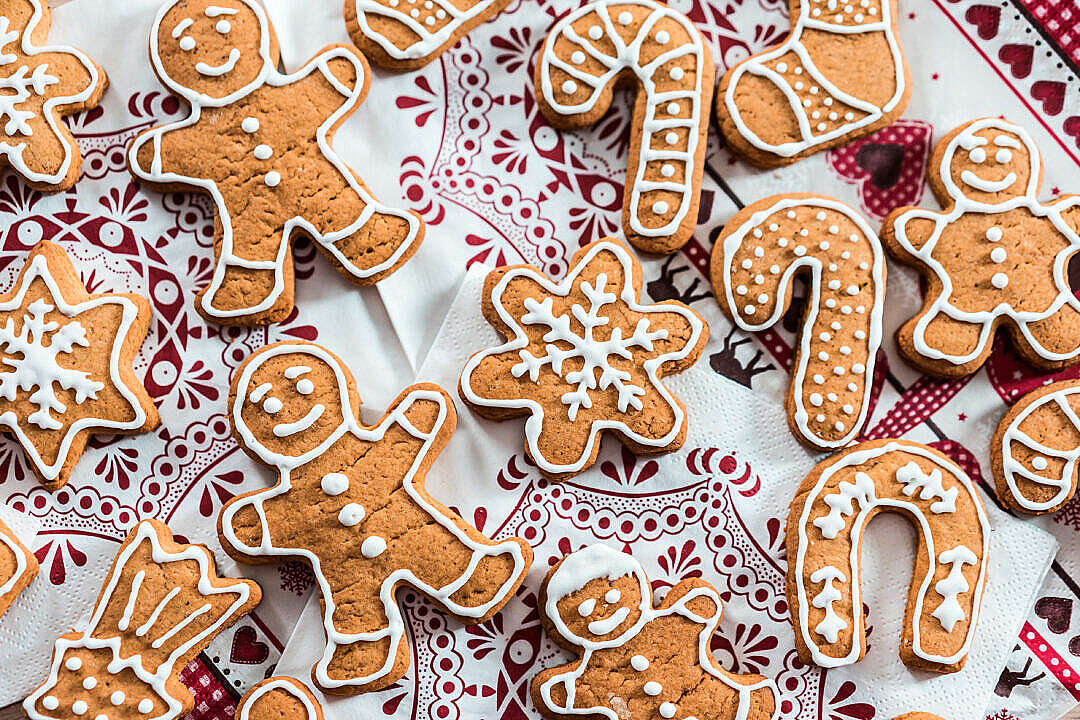 Download Traditional Christmas Gingerbread Cookies FREE Stock Photo