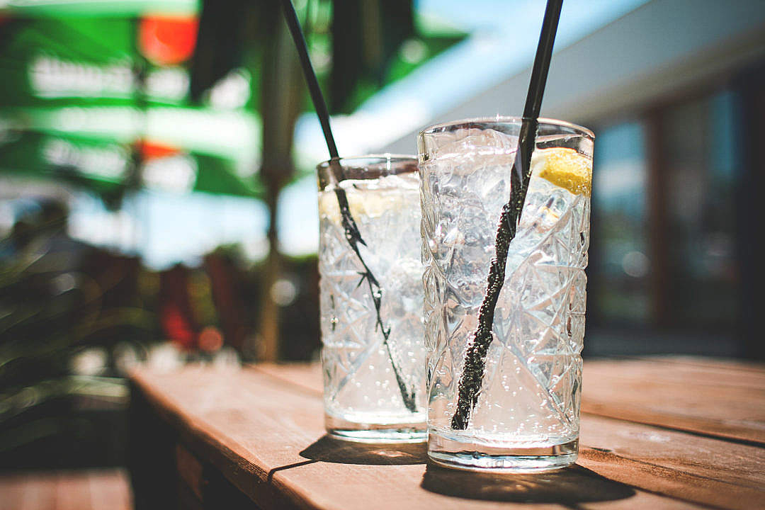 Download Two Fresh Lemon Drinks FREE Stock Photo