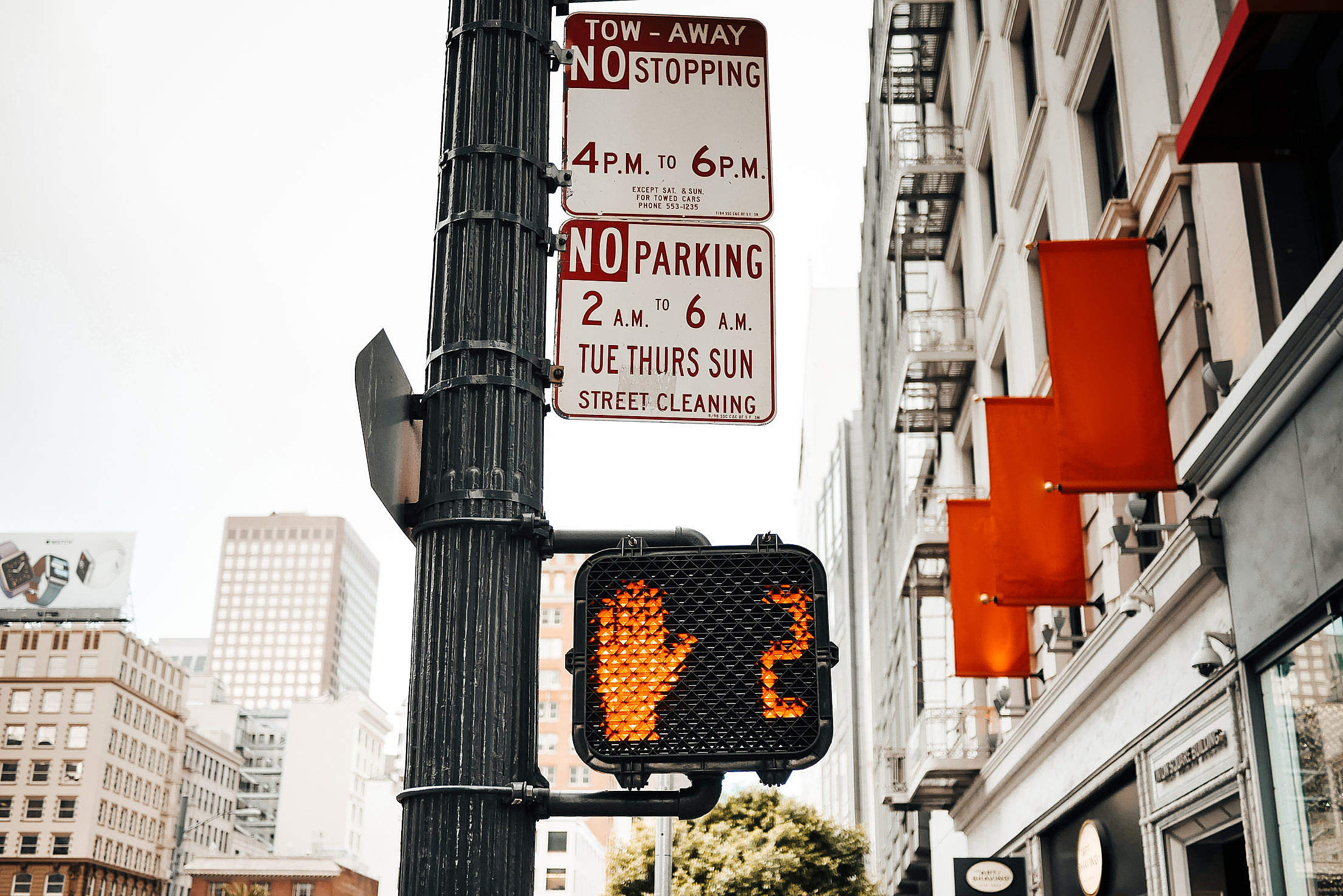 Typical Pedestrian Red Traffic Lights Countdown in California Free Stock Photo
