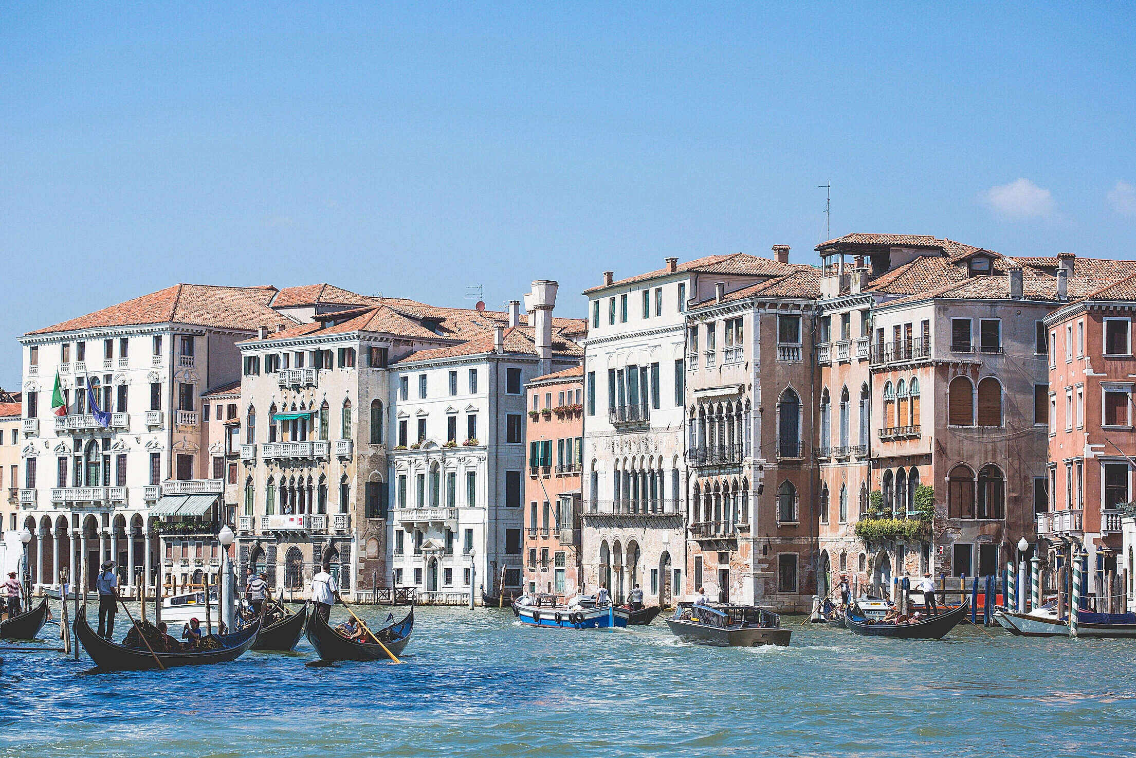 Venice Canal Grande Houses Free Stock Photo