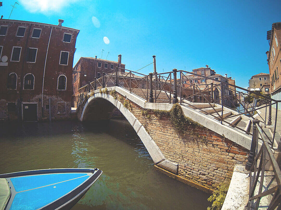 Download Venice Streets #2 FREE Stock Photo