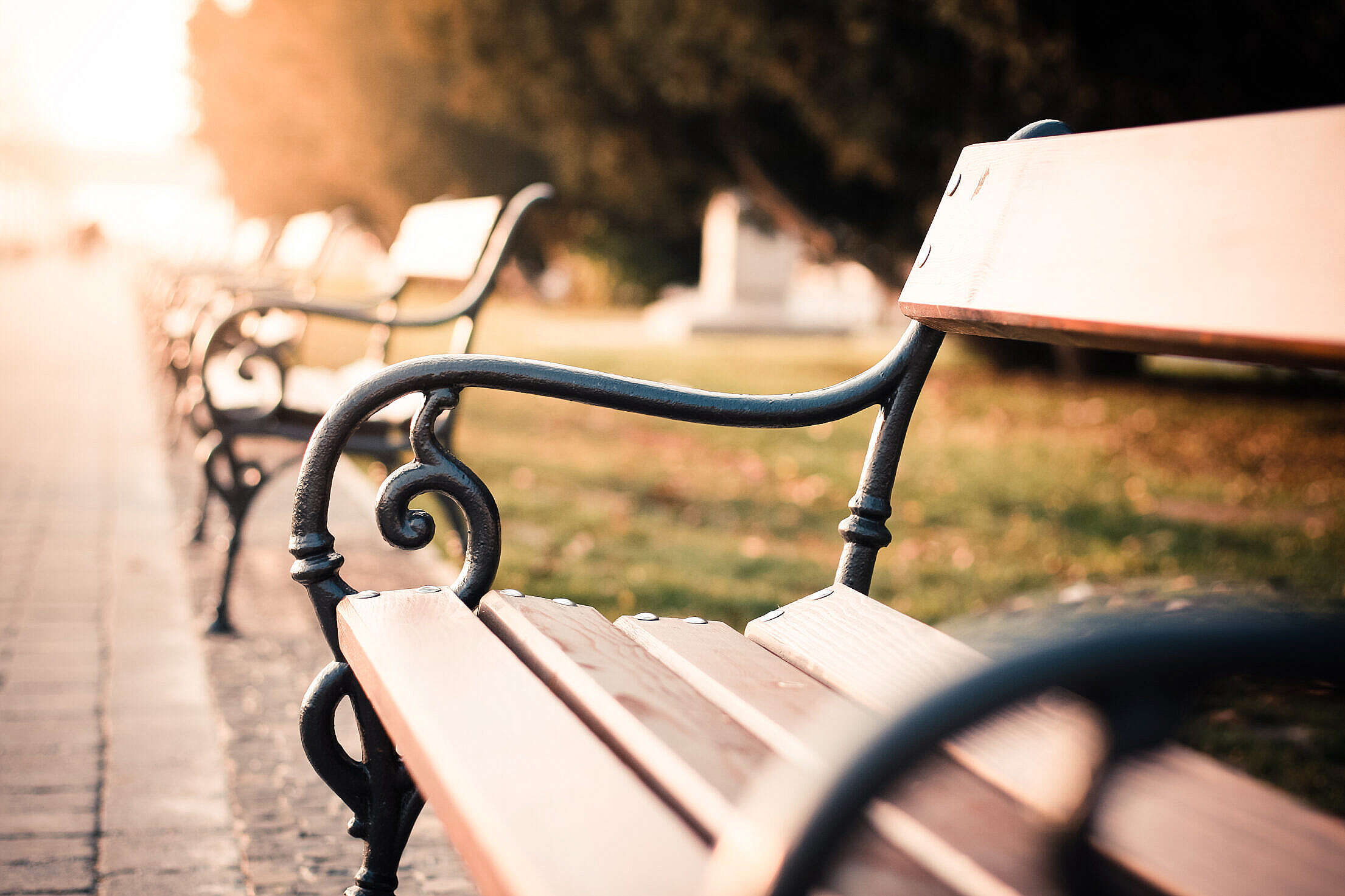 Vintage Old City Bench Free Stock Photo