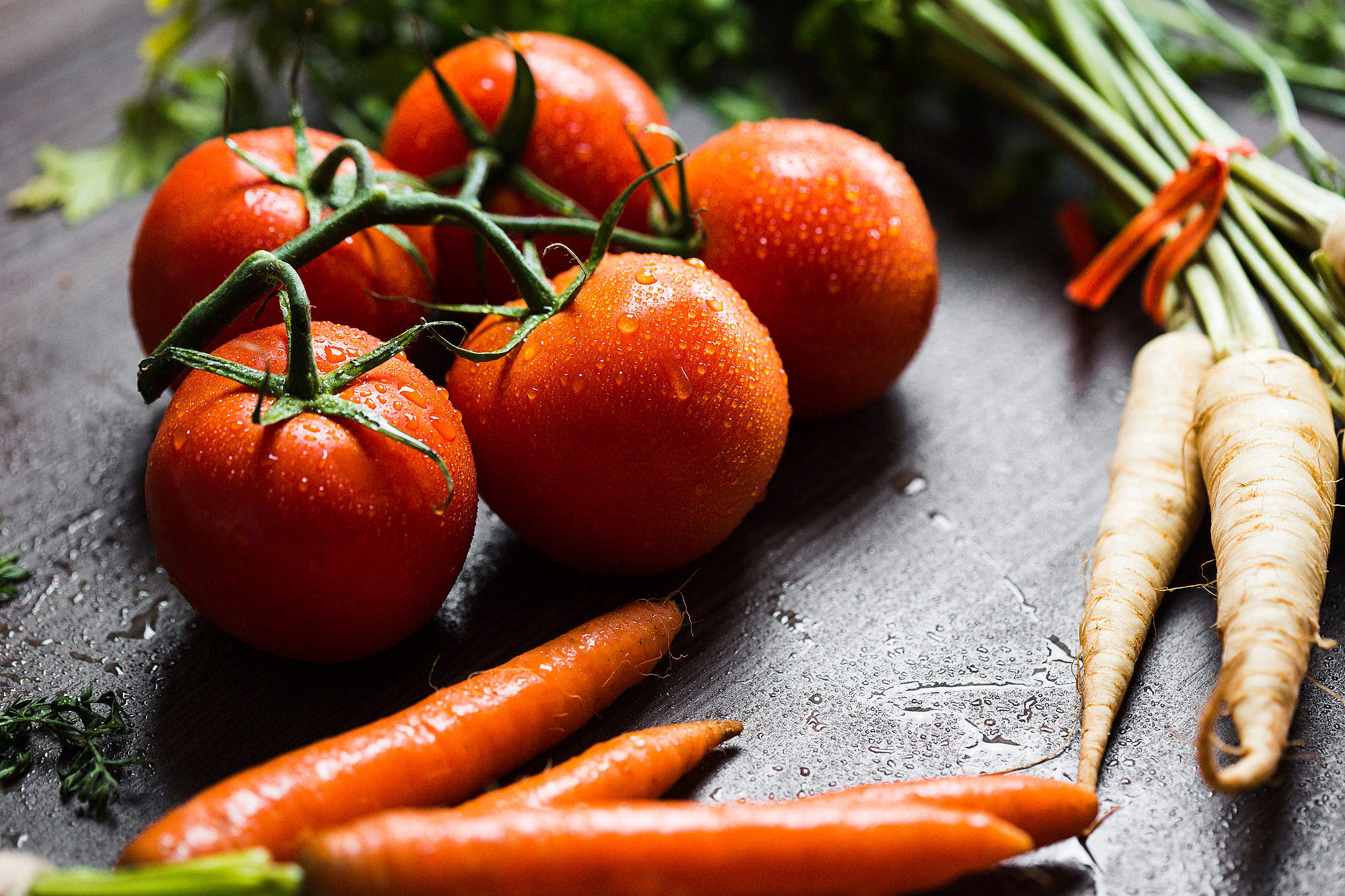 Wet Tomatoes, Carrots and Parsley Ready to Cooking Free Stock Photo