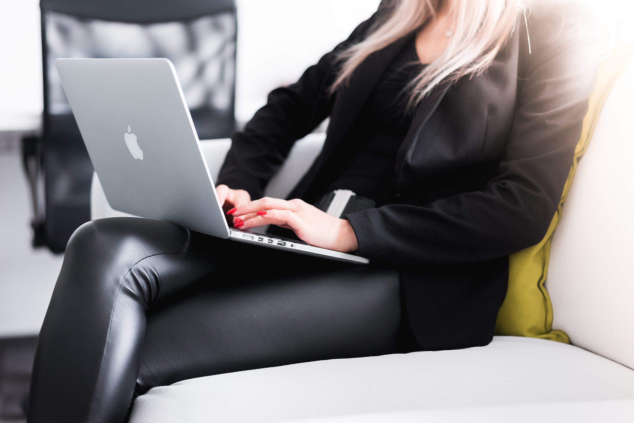 Woman Entrepreneur Working in the Office Free Stock Photo