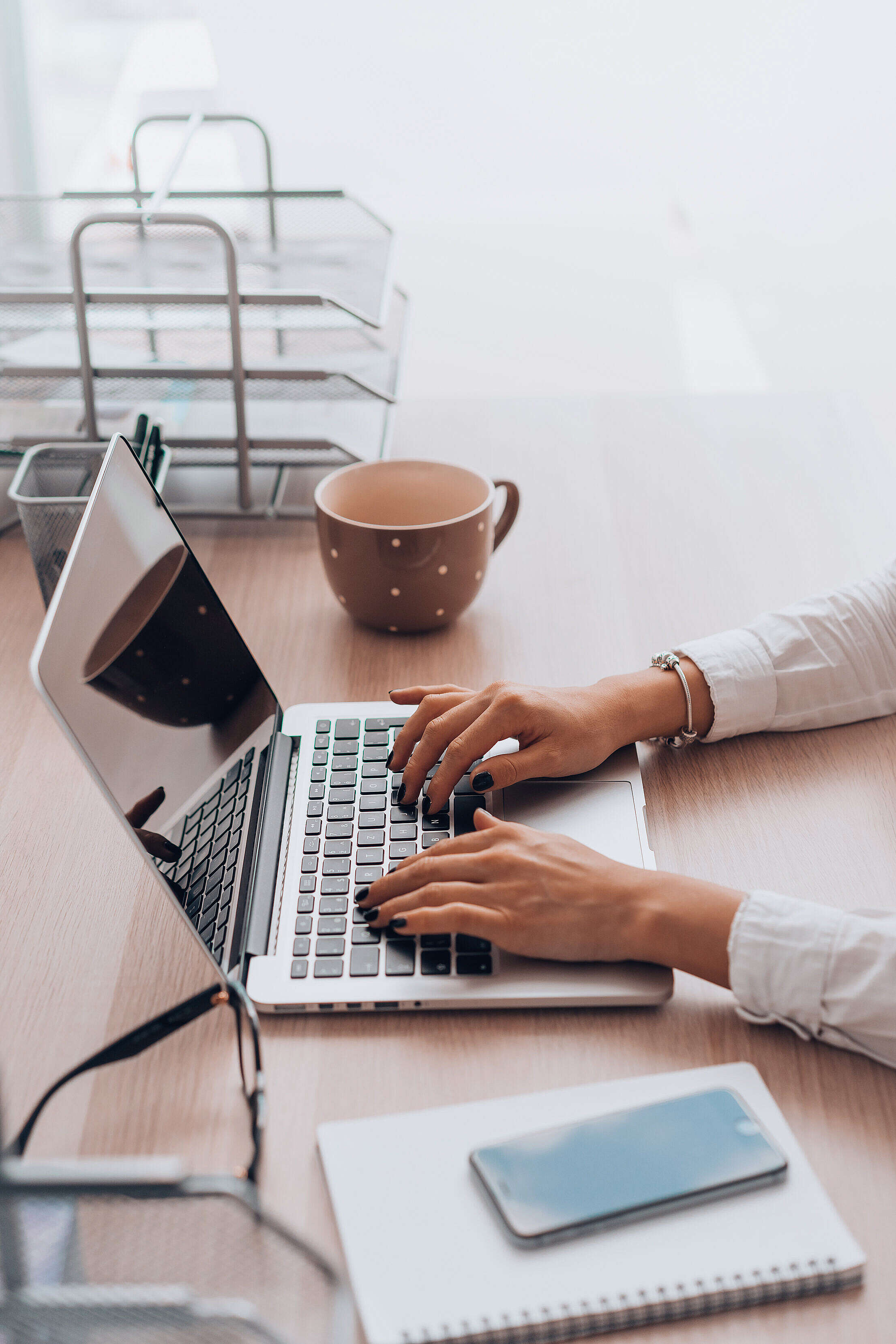 Woman Working in The Office Free Stock Photo